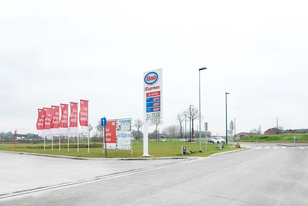 PUBLISIGN_G&V_ESSO_SIGNAGE
